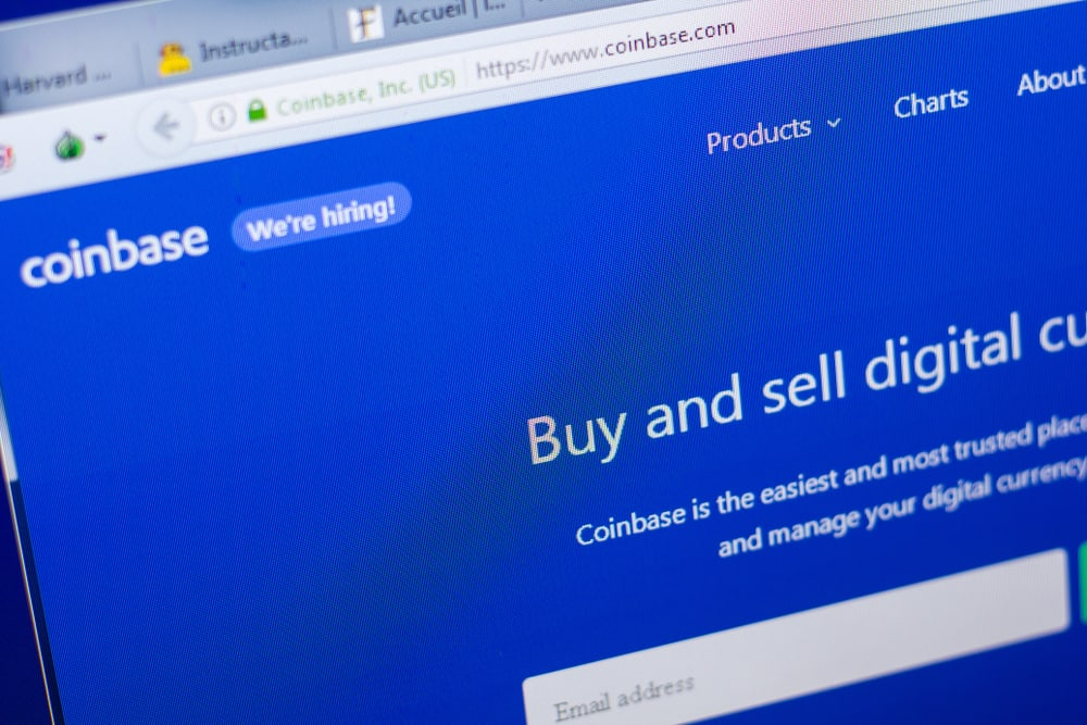CoinBase website on the display of PC. Source: Shutterstock.com