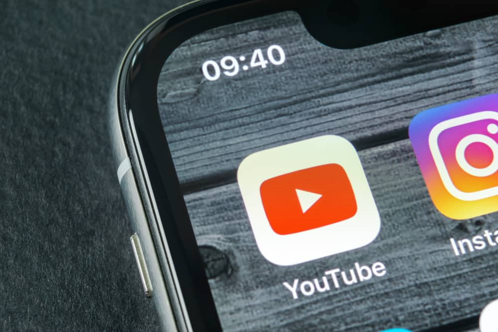 Sankt-Petersburg, Russia, April 11, 2018: YouTube application icon on Apple iPhone X smartphone screen close-up. Youtube app icon. Social media icon. Social network. Source: shutterstock.com